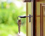 key-stick-in-door-knob